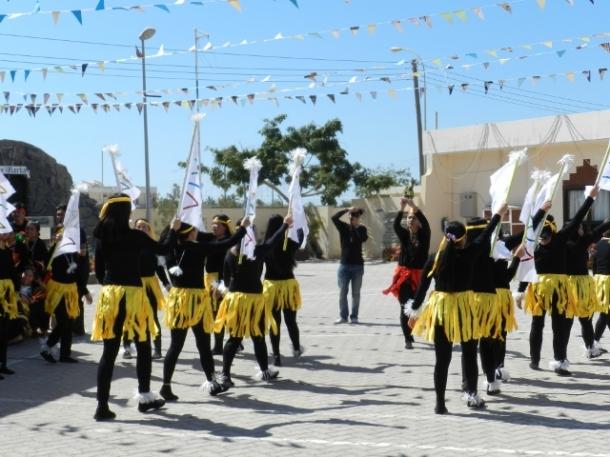 The ritual Sinulog dance